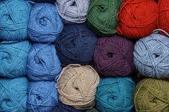 Embrouillements de fil multicolore Image libre de droits