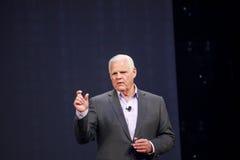 EMC CEO Joe Tucci levert een adres aan EMC Wereld 2014 Stock Fotografie