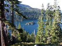 Emerald Bay State Park i södra Lake Tahoe & Stateline arkivbilder