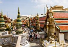 Emerald Buddha tempel Royaltyfri Fotografi