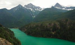 Emerald Diablo Lake nel parco nazionale del nord delle cascate Immagini Stock