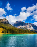 The emerald-green lake Royalty Free Stock Images