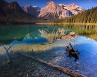Emerald Lake Banff Kanada Arkivbilder