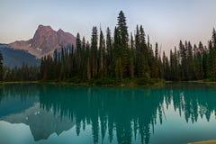 Emerald Lake Reflection Arkivfoton