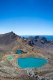 Emerald Lakes från den Tongariro korsningen royaltyfri fotografi