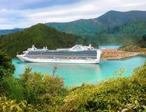 Emerald Princess Cruise Ship Nya Zeeland Arkivbild