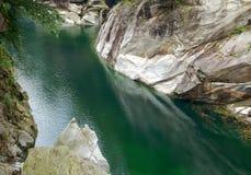 Emerald Water - Val Verzasca Fotografía de archivo libre de regalías