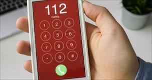 Emergência número discada 112 no smartphone filme