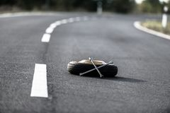 Emergency tyre on the road Royalty Free Stock Photos