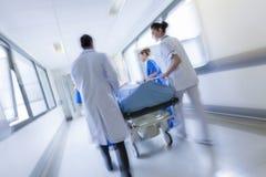Emergenza paziente dell'ospedale della barella della barella del mosso Fotografia Stock