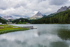 Emigrando alrededor de los tres picos, montañas italianas Fotografía de archivo libre de regalías