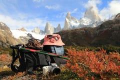 Emigrando a Mt Fitz Roy en el EL Chalten, la Argentina Imagen de archivo libre de regalías