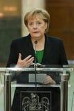 Emil Boc e Angela Merkel no palácio de Victoria imagem de stock