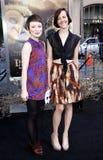 Emily Browning en Jena Malone Stock Afbeelding