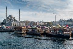 Eminonu en Estambul, Turquía Imagenes de archivo
