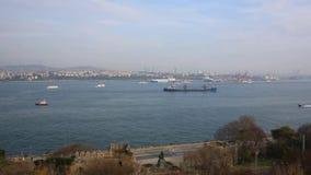Eminonu-Hafen, Istanbul, die Türkei stock video