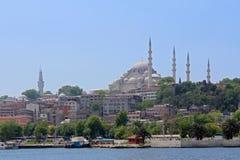 Eminonu i Istanbul, Turkiet royaltyfri foto