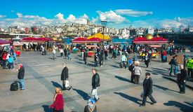Eminonu OMRÅDE I istanbul, Turkiet Royaltyfri Foto