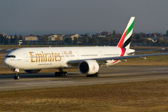 Emiräte Boeing 777 Lizenzfreies Stockbild