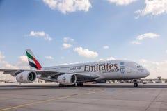 Emirados Airbus A380-800 Imagens de Stock Royalty Free