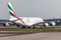 Emirados Airbus A380-800 no aeroporto de Francoforte Imagens de Stock Royalty Free