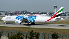 Emirados de A6-EGB, Boeing 777-300 Fotografia de Stock Royalty Free