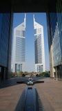Emirat-Kontrolltürme Lizenzfreie Stockbilder