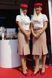 Emirat linii lotniczej steward przy Billie Cajgowego królewiątka Krajowym tenisem Ześrodkowywają podczas us open 2015 Obrazy Stock