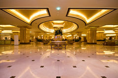 Emirat-Palast-Hotel-Vorhalle Stockbild
