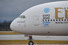 Emiratesflygbuss A380 Arkivbild