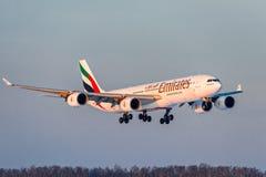 Emiratflygbolag för flygbuss a340-500 Royaltyfri Bild