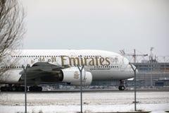 Emiratos Airbus A380-800 A6-EEB, aeropuerto MUC de Munich Fotos de archivo