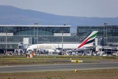 Emiratos A380 en el aeropuerto de Francfort Imágenes de archivo libres de regalías