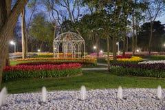 Emirganpark, Istanboel, Turkije bij nacht 2 stock foto's