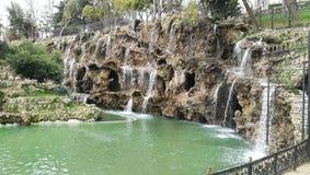 Emirgyan公园瀑布,伊斯坦布尔,土耳其 免版税库存图片