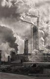 Emisiones del edificio industrial Imagen de archivo libre de regalías