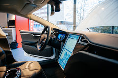 Emissionen des Elektroautos null Tesla-Modells S Stockfoto