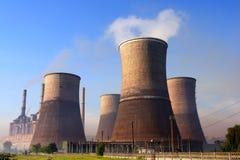 Emissioni della centrale elettrica Immagini Stock Libere da Diritti