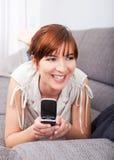 Emitindo uma mensagem de texto foto de stock royalty free