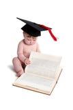 Emma con el sombrero de la graduación Imagen de archivo libre de regalías