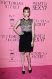 Emma Roberts kommt in Victoria's Secret an, was reizvoll ist? Party Stockbilder