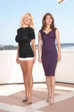 Emmanuelle Vaugier, Pamela Anderson Royaltyfri Fotografi