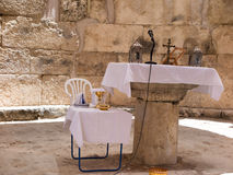 EMMAUS, ISRAEL 16 de julio de 2015 : Ruinas viejas del pueblo de Emmau Foto de archivo libre de regalías
