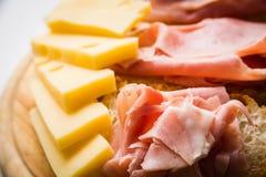 Emmental e prosciutto di prosciutto di Parma Immagine Stock