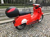 Emmy ha diviso il motorscooter, Berlino, Germania immagine stock libera da diritti