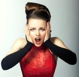 Emoções expressivos. A cara da mulher estupefacção com boca aberta. Olhar fixo Fotografia de Stock Royalty Free