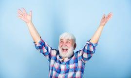 Emoci?n positiva Finalmente retiro Pensionista acertado Satisfied alcanzó éxito Metas de la vida Hombre acertado fotografía de archivo