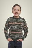 emociones Retrato joven del muchacho Muchacho sonriente que mira la cámara Imagen de archivo libre de regalías