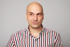 Emocje łysy mężczyzna fotografia stock