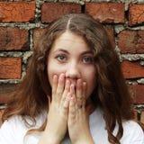 Emocjonalna słodka dziewczyna Zdjęcia Stock
